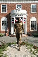 JFK statue